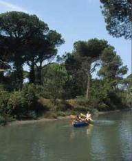 In canoa nelle Saline